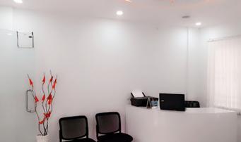 l v dental square patient room
